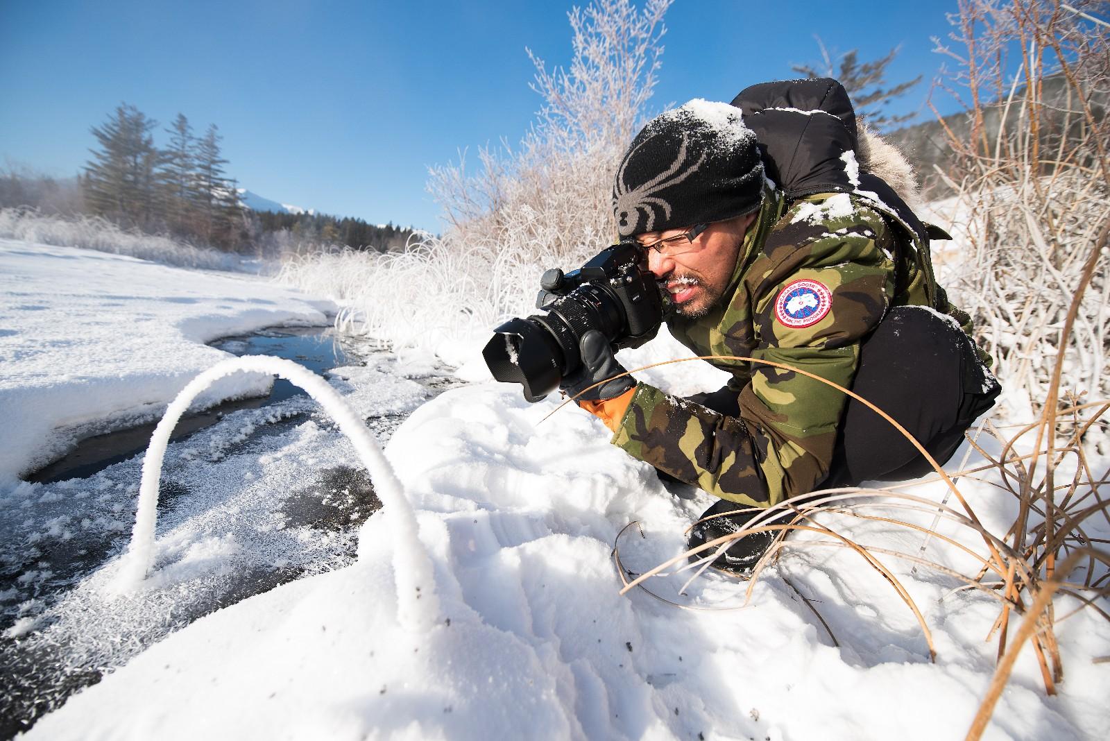 阿刘老师在加拿大班夫国家公园进行摄影创作.jpg