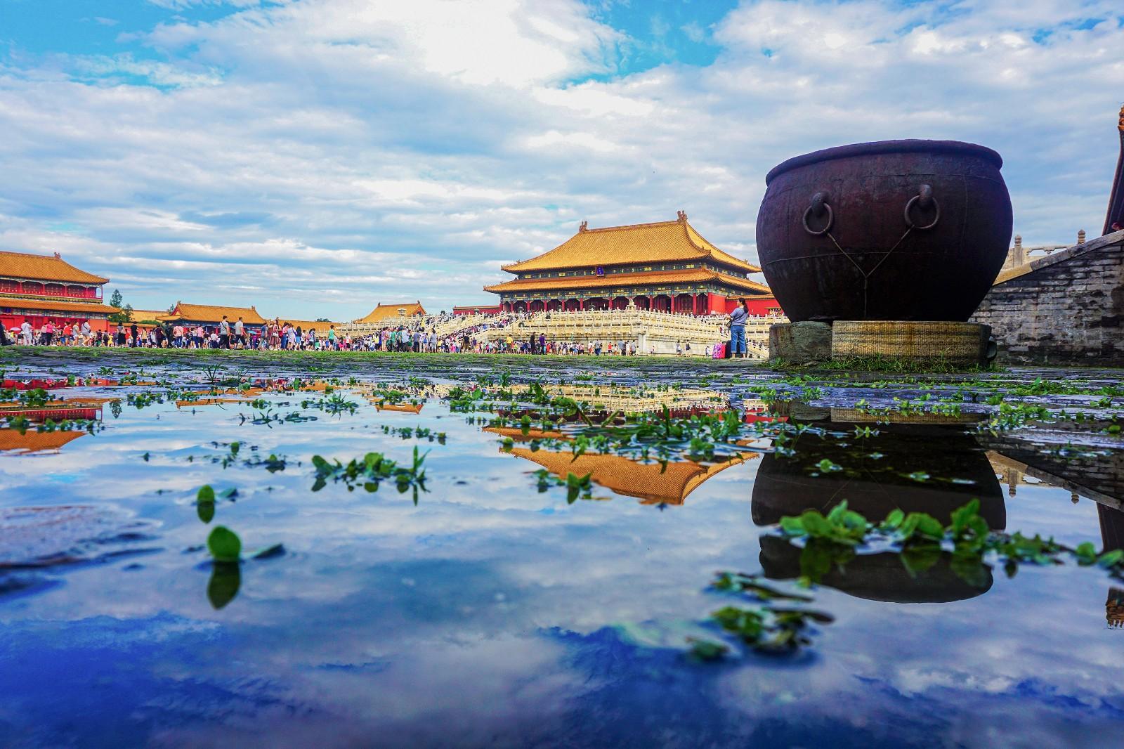 【雨后紫禁城】王越  13601098050   2017年8月23日拍摄于故宫博物院_副本.jpg