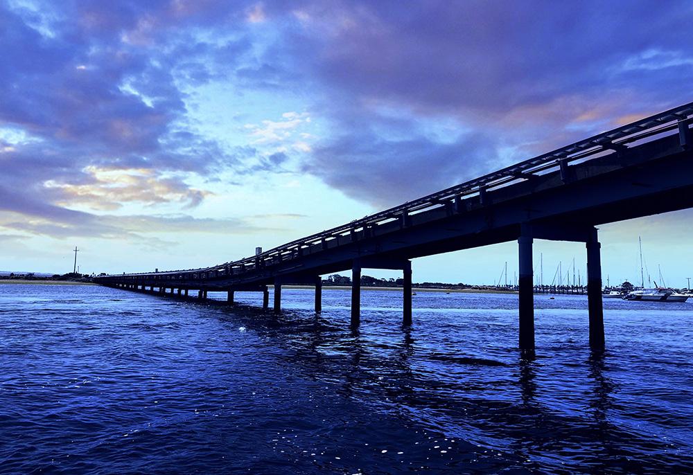 海湾之桥.jpg