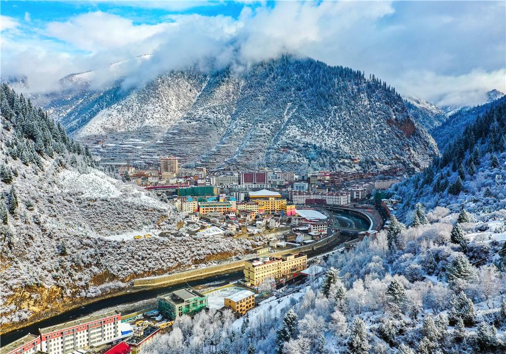 壤塘雪景.jpg